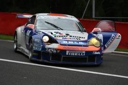 Crash at the start: #78 Autorlando Sport Porsche GT3 RSR: Gunnar Kristensen, Allan Simonsen, Jens Edman