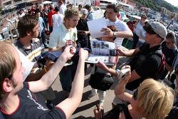 Scott Speed signs autographs
