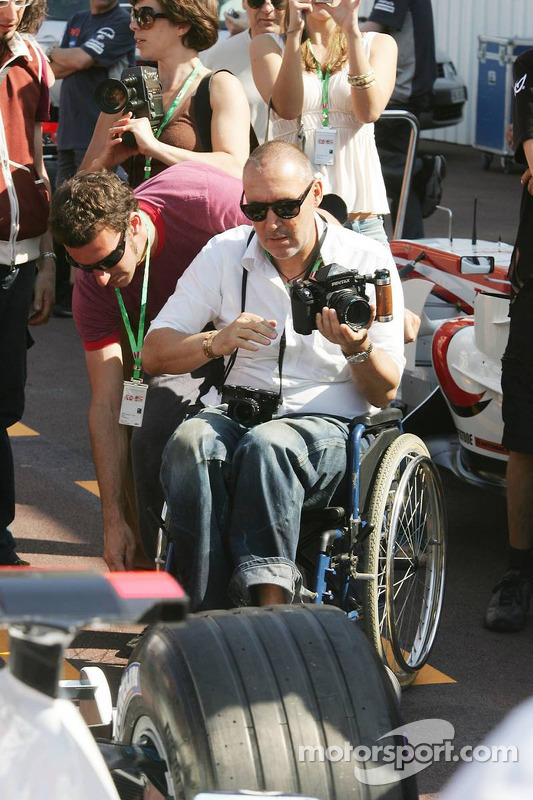Michel Comte à la séance photos de BMW-Sauber