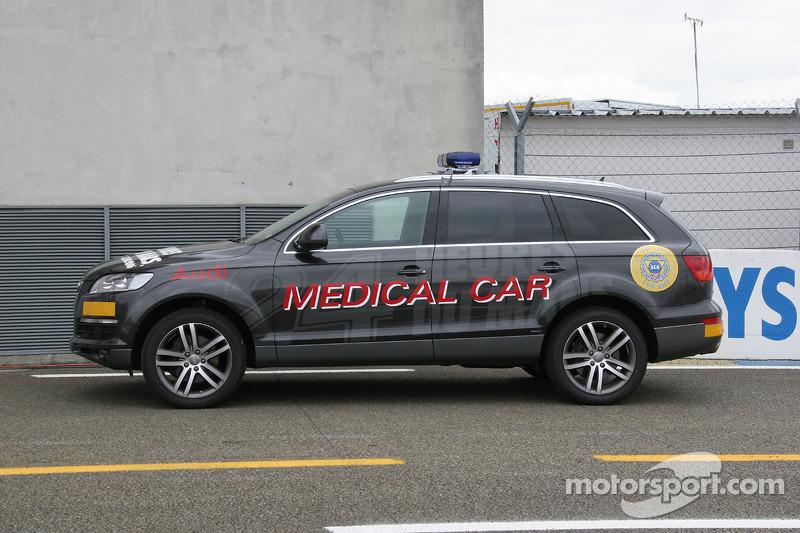 La voiture médicale Audi Q7 pour les 24 Heures du Mans