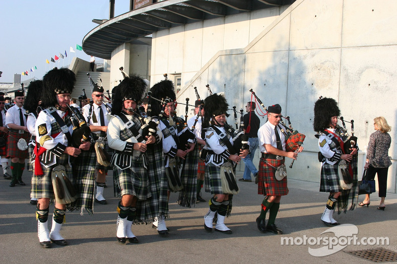 Les Gordon Pipers