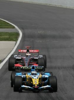 Fernando Alonso leads Kimi Raikkonen