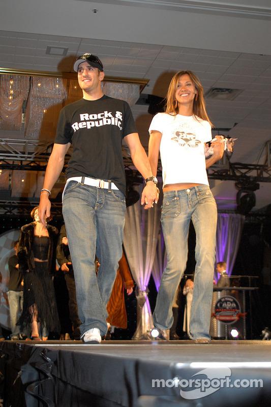 Tomas Scheckter et sa petite amie Alesha Rossi