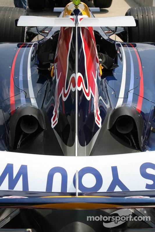 La Red Bull Racing RB2