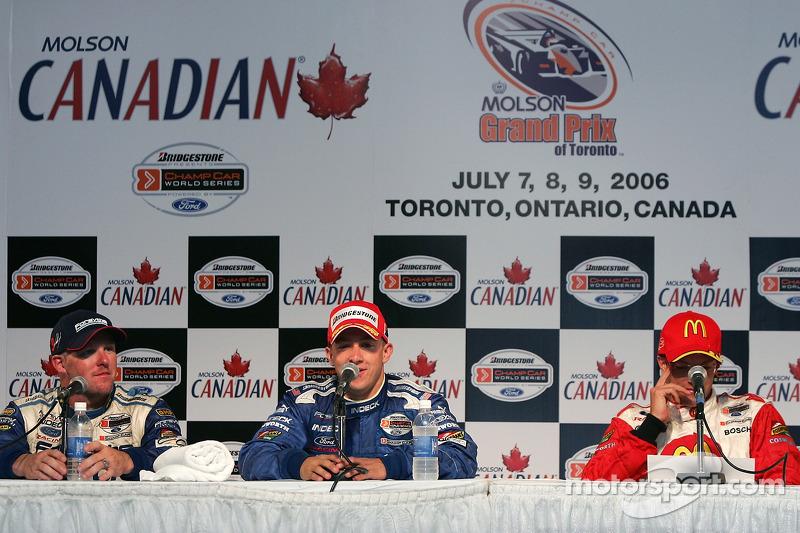Conférence de presse : le vainqueur de la course A.J. Allmendinger avec Paul Tracy et Sébastien Bourdais