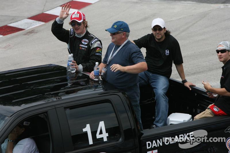 Pilotes de la parade : Dan Clarke