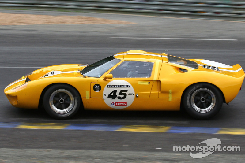 #45 Ford GT 40 1968