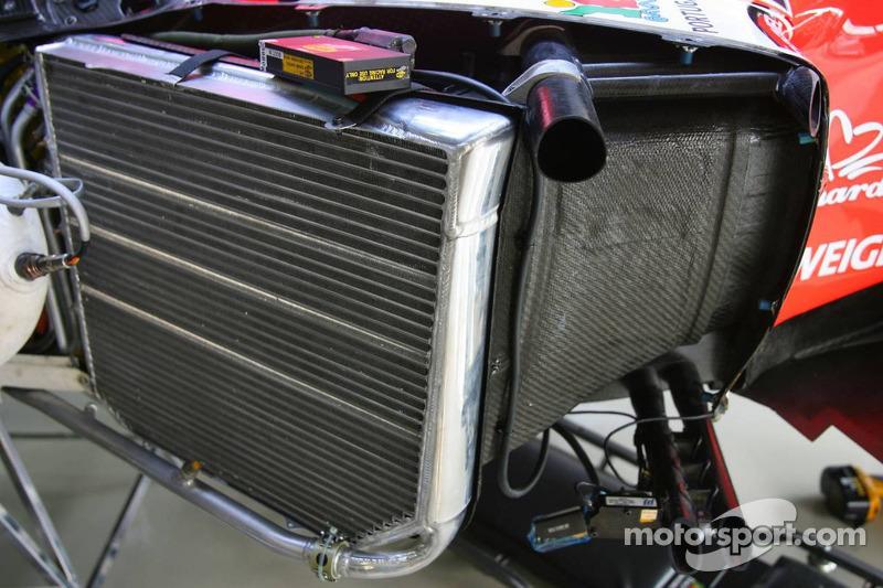 Détail du radiateur de l'équipe Midlet MF1 Racing