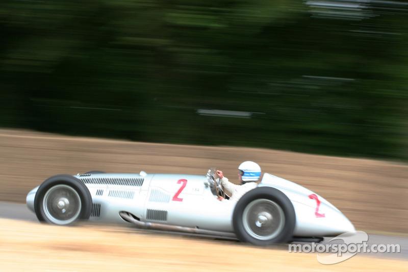 Mercedes Benz W154, Jochen Mass