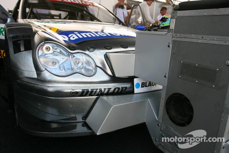 Double rafraichissement pour les voitures Mercedes à cause de la forte chaleur