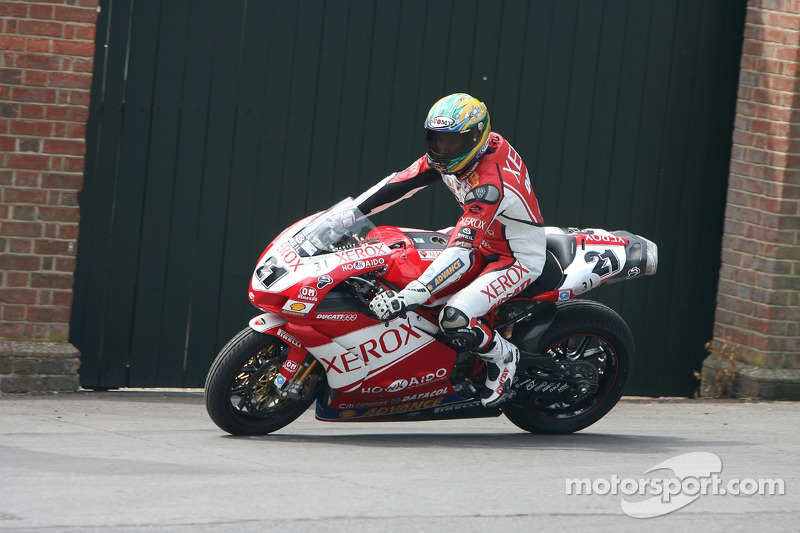 Ducati 999 F06: Troy Bayliss