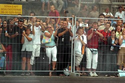 Running bulls rendez-vous in Budapest: fans