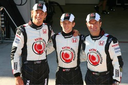 Jenson Button, Anthony Davidson and Rubens Barrichello pose with the Honda Racing F1 Team and the new livery on Anthony Davidson's car