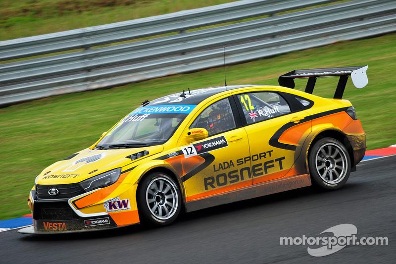 Robert Huff, Lada Sport Rosneft Lada Vesta WTCC