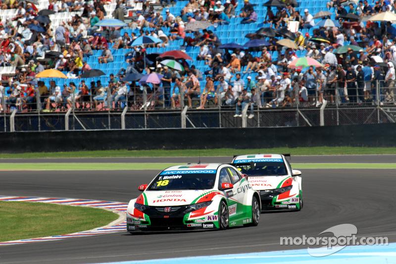 Tiago Monteiro,  Honda Racing Team JAS, Honda Civic WTCC; Gabriele Tarquini, Honda Racing Team JAS, Honda Civic WTCC