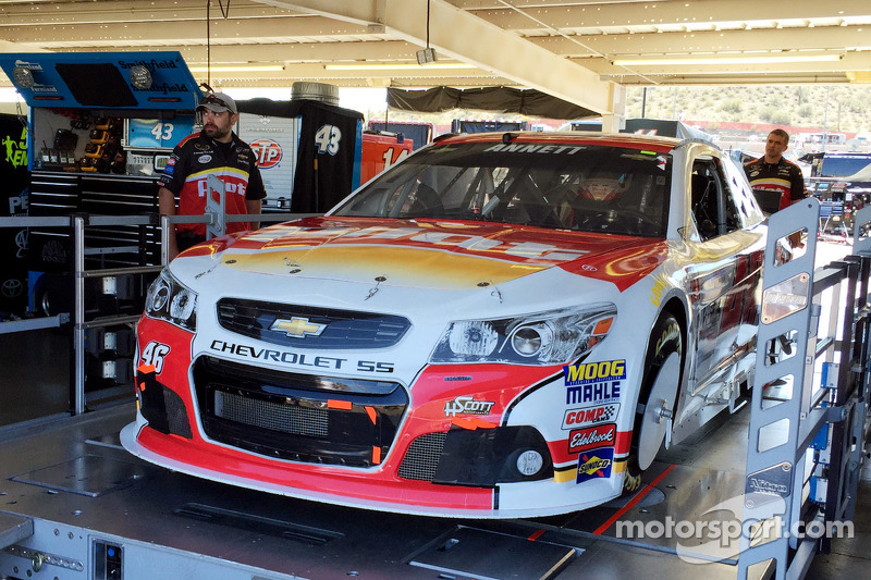 Das Auto von Michael Annett, HSCott Motorsports, Chevrolet, bei der Technischen Abnahme