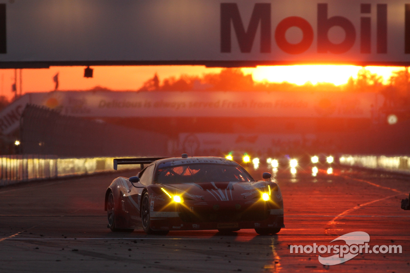 #63 Scuderia Corsa 法拉利458 Italia: Bill Sweedler, Townsend Bell, Anthony Lazzaro
