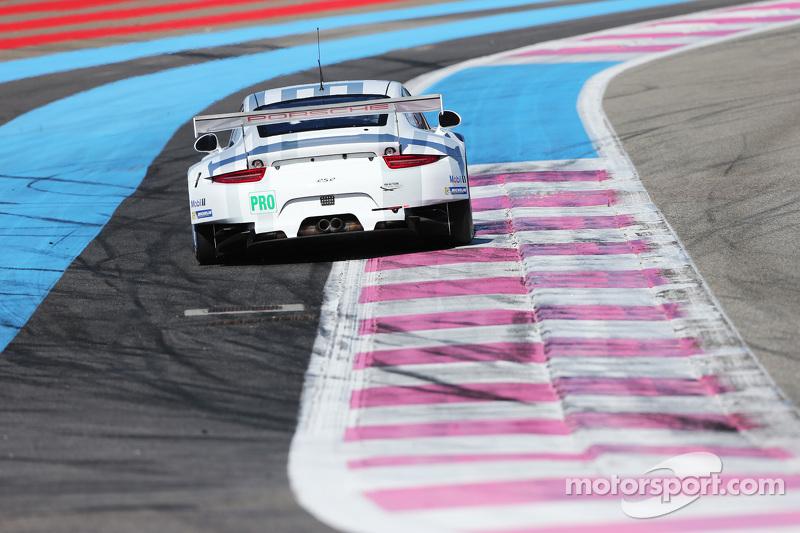 #92 Porsche Team Manthey Porsche 911 RSR: Patrick Pilet, Frederic Makowiecki, Wolf Henzler