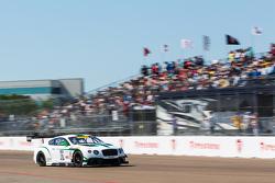 #16 Bentley Team Dyson Racing Bentley Continental GT3: Кристофер Дайсон