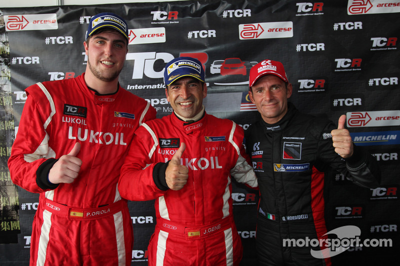 Press conference, Pepe Oriola, SEAT Leon Racer, Craft Bamboo Racing LUKOIL, Jordi Gene, SEAT Leon Racer, Craft Bamboo Racing LUKOIL and Gianni Morbidelli, Honda Civic TCR, West Coast Racing