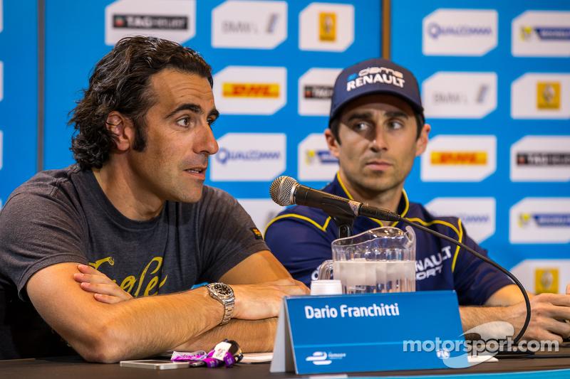 Dario Franchitti dengan Nicolas Prost