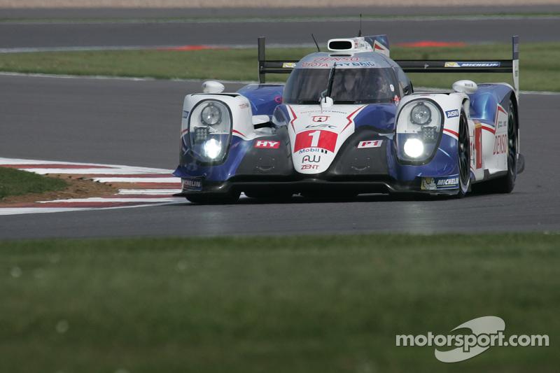 #1 Toyota Racing, Toyota TS040-Hybrid: Anthony Davidson, Sébastien Buemi, Kazuki Nakajima