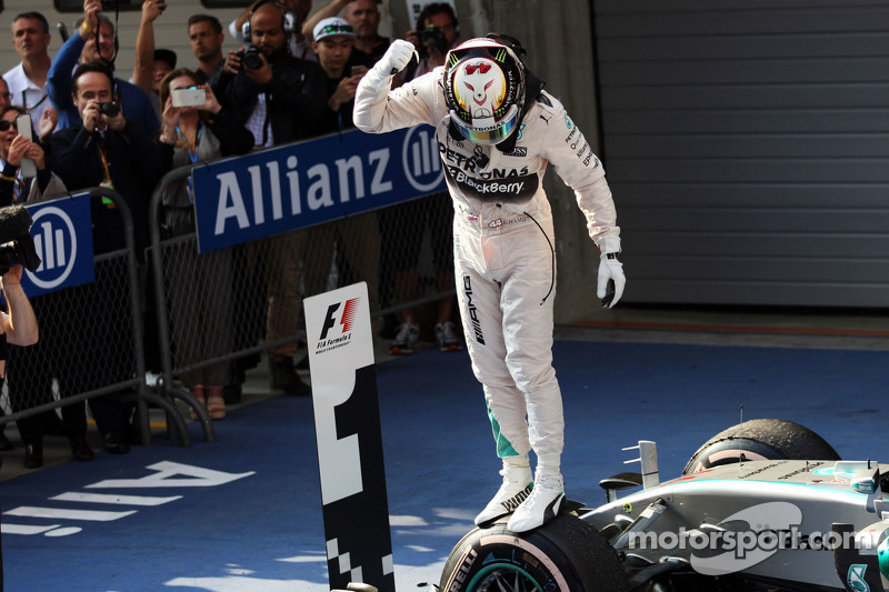 Race winner Lewis Hamilton Mercedes AMG F1 W06 celebrates in parc ferme