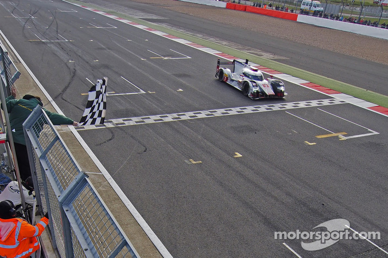 Race winners: #7 Audi Sport Team Joest R18 e-tron quattro: Marcel Fassler, Andre Lotterer, Benoit Tréluyer