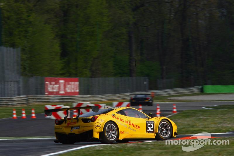 #52 AF Corse 法拉利458 Italia: Adrien de Leener, Cedric Sbirrazzuoli