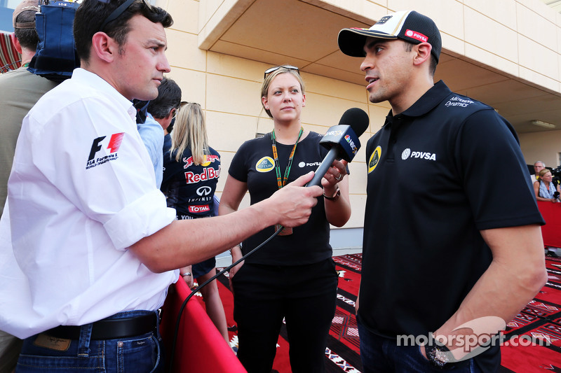Pastor Maldonado, Lotus F1 Team with Will Buxton, NBC Sports Network TV Presenter