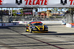 # 77 فونيكس أميركان موتورسبورتس بورشه 911 جي تي3 كاب: بريستون كالفيرت