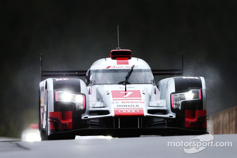 #7 奥迪运动车队,奥迪R18 e-tron quattro Hybrid Marcel Fassler, Andre Lotterer, Benoit Treluyer