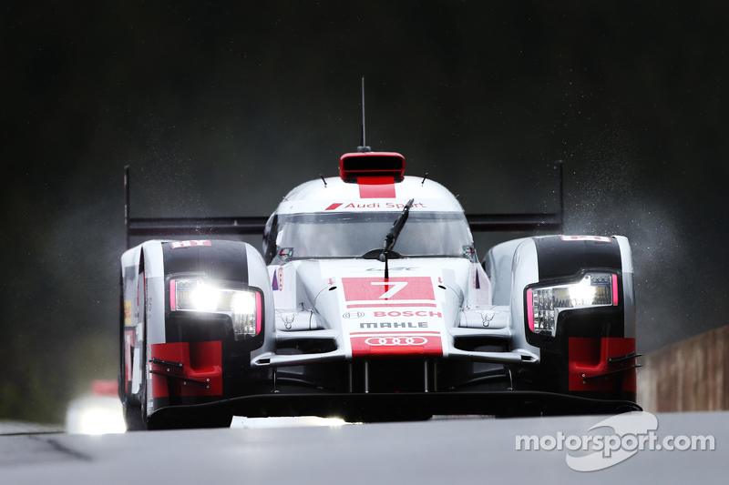 #7 Audi Sport Team Joest Audi R18 e-tron quattro Hybrid Марсель Фасслер, Андре Лоттерер, Benoit Treluyer