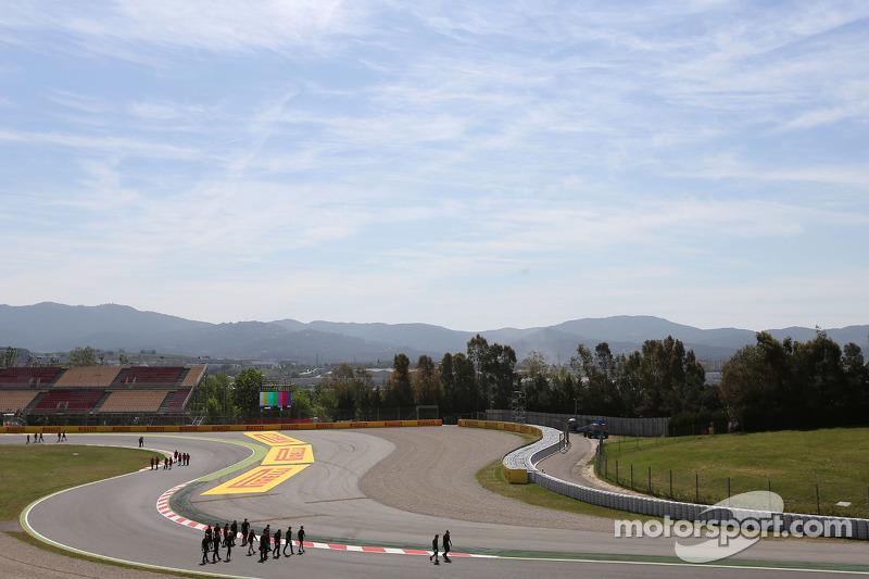 Lotus F1 Team прогулянка треком