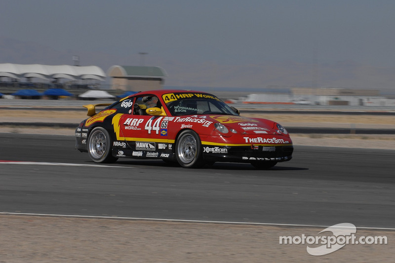 #44 Team Sahlen Porsche 996: Joe Nonnamaker, Wayne Nonnamaker
