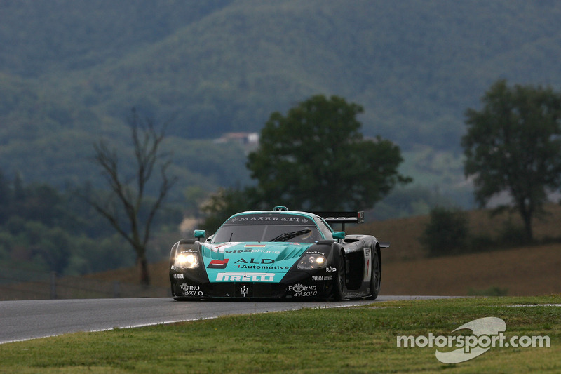 #1 Vitaphone Racing Team Maserati MC 12 GT1: Michael Bartels, Andrea Bertolini
