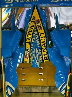 Renault F1 R26 engine cover