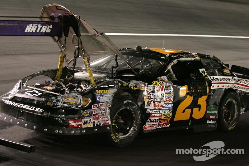 La voiture endommagée de Brad Keselowski