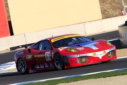 #61 Risi Competizione Ferrari 430 GT Berlinetta: Andrea Bertolini, Maurizio Mediani