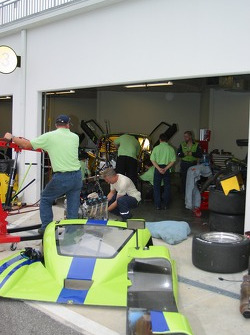 L'aire de garage du Krohn Racing