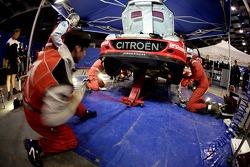 Zone de service de Kronos Total Citroën