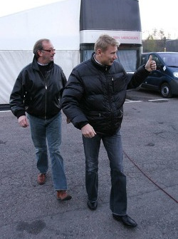 Mika Hakkinen with his manager Didier Coton