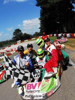 Race winners Otavio Bonder, Antonio Francesco Ventre, José Eduardo Ventre, Bruno Pacetti and Lucas Rodrigues