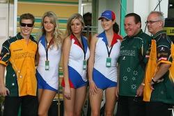 Team Australia meet the Czech girls