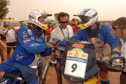 Chris Blais congratulates Cyril Despres
