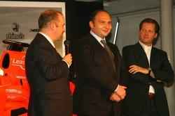 Mike Gascoyne; Colin Kolles; Michiel Mol, Spyker-Ferarri