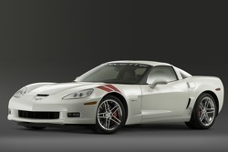 The Ron Fellows ALMS GT1 Champion Corvette Z06 in Arctic White: the special edition recognizes the contributions of  Ron Fellows to the remarkable success of the Corvette Racing team in the American Le Mans Series and the 24 Hours of Le Mans