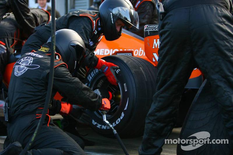 Arrêt au stand pour la Skyper F1