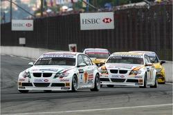 Alex Zanardi, BMW Team Italy-Spain, BMW 320si WTCC and Felix Porteiro, BMW Team Italy-Spain, BMW 320si WTCC