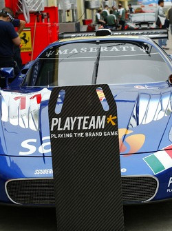 Pitstop practice at Scuderia Playteam Sarafree